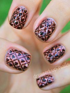 Dressed Up Nails: Ornate wallpaper nail art with hearts and GLITTER! Dressed Up Nails: Ornate wallpaper nail art with hearts and GLITTER! Cute Nail Art, Beautiful Nail Art, Nail Art Diy, Gorgeous Nails, Love Nails, Pretty Nails, Em Nails, Sassy Nails, Crazy Nails