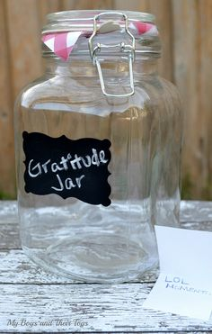 How a Gratitude Jar Can Bring More Happiness to Your Life New Year's Crafts, Crafts To Sell, Easy Crafts, Diy And Crafts, Crafts For Teens To Make, Fall Crafts For Kids, Spring Crafts, Dollar Store Crafts, Dollar Stores