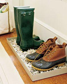 Shoe tray. such a good idea