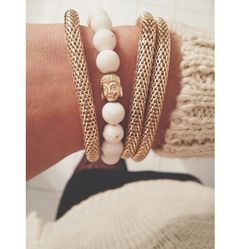 Fay with love bracelets Love Bracelets, Pearl Necklace, Jewelry Accessories, Pearls, My Style, Gifts, Clothes, Fashion, Jewerly
