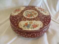 Vintage The Tin Box Company Cloisonne Style Box Bird Floral ENGLAND Box Company, Style Box, Vintage Tins, Tin Boxes, Trays, Biscuit, Decorative Boxes, England, Jar