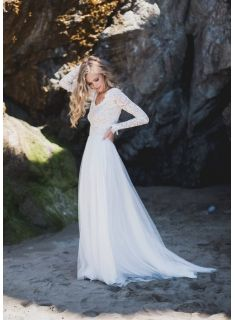 Long sleeve wedding dress, wedding dress with open back, wedding dress with lace . - Long sleeve wedding dress, wedding dress with open back, wedding dress with lace … – Wedding id - Western Wedding Dresses, Open Back Wedding Dress, Affordable Wedding Dresses, Bohemian Wedding Dresses, Long Wedding Dresses, Perfect Wedding Dress, Wedding Gowns, Elegant Dresses, Sexy Dresses