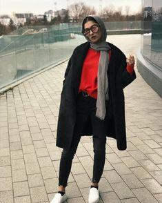⊱✦⊰ Rîmą ⊱✦⊰ Modern Hijab Fashion, Street Hijab Fashion, Muslim Fashion, Modest Fashion, Fashion Outfits, Fashion Trends, Casual Hijab Outfit, Hijab Chic, Casual Outfits