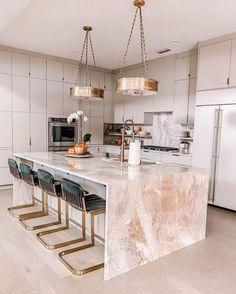 Luxury Kitchen Design, Kitchen Room Design, Home Room Design, Dream Home Design, Home Decor Kitchen, Modern House Design, Interior Design Kitchen, Home Kitchens, Interior Modern