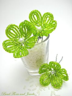 Flower beaded hairpins.