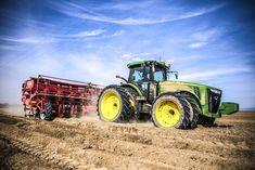 John Deere Combine, Best Games, Farms, Badass, The Row, Planters, Antique Tractors, Tractors, Agriculture