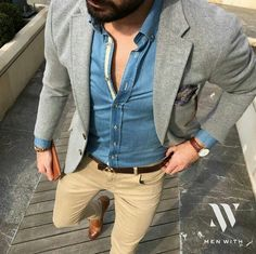 What to wear with gentlemens khaki pants outfits style ideas grey blazer brown shoes Mens Fashion Blog, Look Fashion, Fashion Tips, Fashion Hacks, Classy Fashion, Fashion Ideas, Fashion Trends, Mode Outfits, Casual Outfits