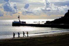 Jay tilston Panoramio - Photo of Beachcombers at Looe