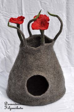 unique cat cave felted for the international cat day by feltforcat