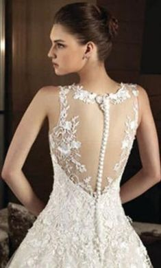 Intuzuri: buy this dress for a fraction of the salon price on PreOwnedWeddingDresses.com