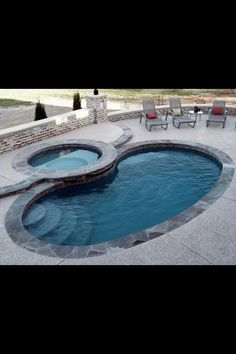 Take your time to think about the kind of pool you will put money into. Additionally it is important to choose where to set your pool. Cleaning pool isn't a very simple task as is thought. Small Inground Pool, Small Swimming Pools, Small Backyard Pools, Small Pools, Swimming Pools Backyard, Swimming Pool Designs, Pool Landscaping, Outdoor Pool, Kiddie Pool