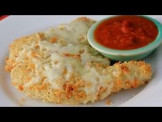 These Baked Chicken Parmesan Tenders are a healthy alternative to the traditional deep fried version.  This is a family friendly meal that would be perfect for a simple and delicious Valentine's Day dinner.    PRINT the written recipe here: http://cleananddelicious.com/2013/02/13/video-clean-eating-baked-chicken-parmesan-tenders-a-family-favorite/...