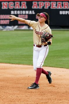 Ellie Cooper on scholarship playing for the Florida State Seminoles - Photo credit: Jeremy Esbrandt Florida State Seminoles, Kiwi, Photo Credit, Women, Fashion, Moda, Women's, La Mode, Fasion
