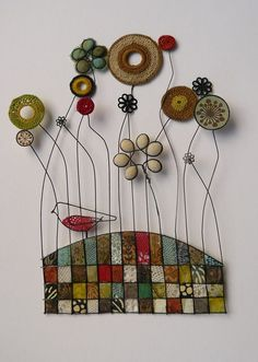 'red breast' by Liz Cooksey Wire Art Sculpture, Textile Sculpture, Wire Crafts, Diy And Crafts, Arts And Crafts, Deco Nature, Creative Textiles, Stained Glass Patterns, Button Crafts