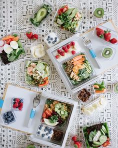 """Prepd en Instagram: """"Make unhealthy lunches a thing of the past with these meal prep tips & simple shopping lists by @apairandaspare PLUS 15% off your Prepd…"""""""