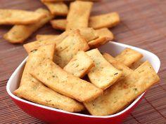 Namak Pare - Basil and Garlic Flavored Crispy Snack
