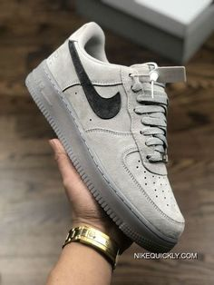 Women Nike Air Force 1 Sneaker New Style Nike Shoes Air Force, Nike Air Force Ones, Nike Sneakers, Sneakers Fashion, Grey Sneakers, Sneaker Outlet, Hype Shoes, Women's Shoes, Tenis Casual