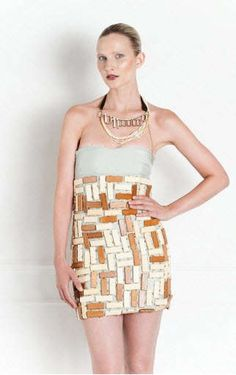 wooden dress thrive 2011 - This eye-catching dress made of wooden blocks laid in a brickwork pattern is, for me, the highlight of the Thrive Spring/Summer 2011 collection cal. Third Rail, Dress Making, Spring Summer, Pattern, Collection, Dresses, Fashion, Vestidos, Moda