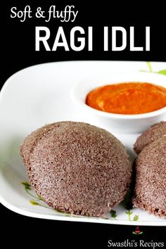 Ragi idli are soft fluffy steam cake made with millets & black gram. These are naturally gluten free and vegan. Millet Recipe Indian, Instant Breakfast Recipe, Healthy Breakfast Options, Dinner Healthy, Meals Without Meat, Millet Recipes, Idli Recipe, Fermentation Recipes, Zoodle Recipes