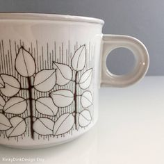 Items similar to Individual Hornsea Pottery Charisma pattern: teapot (tea pot), coffee pot, sugar bowl, salt & pepper shakers (pots) / / mint on Etsy Hornsea Pottery, Tea Pots, Mugs, Unique Jewelry, Tableware, Handmade Gifts, Pattern, Etsy, Vintage