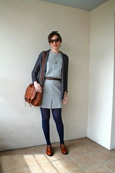 Little grey dress and blue tights -------- Yiyou from Mars blog mode, beauté, déco, Bordeaux