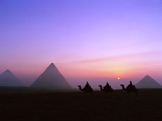 Giza Pyramids-Egypt Travel Deals http://www.maydoumtravel.com/Egypt-Travel-and-Tour-Packages/4/0/