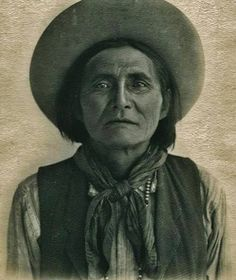 Alchesay (aka William Alchesay) - White Mountain Apache - before his death in 1928: