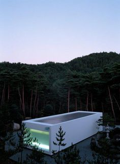 White Temple, northwest of Kyoto, Japan by Takashi Yamaguchi & Associates. Almost looks like a swimming pool Architecture Du Japon, Amazing Architecture, Art And Architecture, Design Exterior, Interior And Exterior, White Temple, In Ground Pools, Cool Pools, Pool Designs
