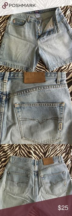 Guess Jeans Rare classic button fly shorts Hard to find classic washed denim original Guess Jeans button fly shorts in perfect condition no signs of wear Guess Shorts Jean Shorts