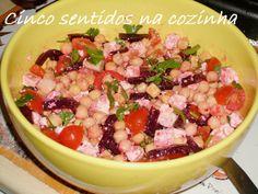 Cinco sentidos na cozinha: Salada de grão com beterraba e queijo feta