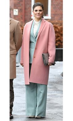 Crown Princess Victoria of Sweden looked ready for spring in a mint green suit and rose coat as she headed to the Karolinska Institute with William and Kate.