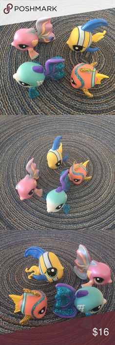 Littlest Pet Shop Fish Littlest Pet Shop- 4 Fishes $5.00 each or $16.00 for all of them!! Littlest Pet Shop Accessories