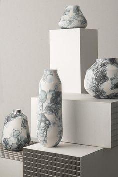 Bubblegraphy Vase by Adrianus Kundert & Thomas van der Sman for Oddness for sale at Pamono Floor Vase Decor, Vases Decor, Pottery Painting, Pottery Vase, Slab Pottery, Ceramic Pottery, Porcelain Ceramics, Ceramic Bowls, Ceramic Mugs