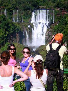 Guia Tour & Shop: Gestão Integrada do Turismo Foz do Iguaçu – edição...