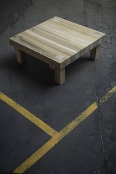 Studio in de maak - table 'knot' - yellow poplar