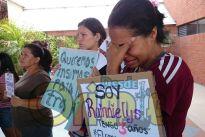 ¡ASÍ SUENA CARACAS! Madres de niños con leucemia tomaron las calles
