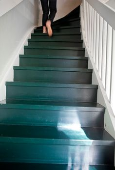 Painted stair, love the color