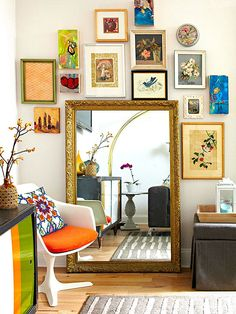 Decorating with Gold With the resurgence of 1970s culture in fashion, movies, and music, and with our recent Olympic fever, is it any wonder gold is trending in home design? The tony metal is appearing in wallpaper patterns, as painted coatings o