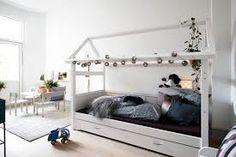 Billedresultat for teenage værelse pige Toddler Bed, Inspiration, Furniture, Home Decor, Child Bed, Biblical Inspiration, Decoration Home, Room Decor, Home Furnishings