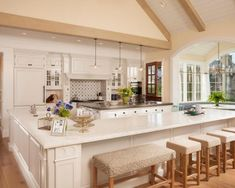 Charming Charming Kitchen Island With Built In Seating Sleek Grey Kitchen Traditional Kitchen Units Can Be Given A Kitchen Island With Bench Seating, Sink In Island, Modern Kitchen Island, Kitchen Island With Seating, Kitchen Islands, Bar Bench, Kitchen Peninsula, Island Bar, Island Table