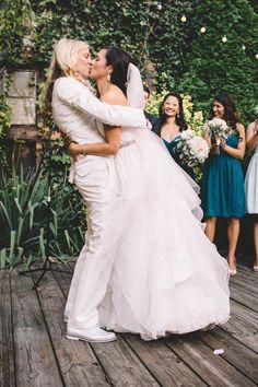 Gallery Kiss Lesbian Party Wedding