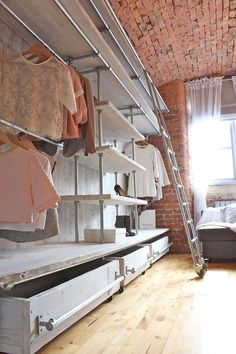 White Washed Reclaimed Scaffolding Boards and Galvanised Steel Pipe Industrial Open Wardrobe / Dressing Room Fixture System by Inspirit Deco You need this type of closet :) Industrial Closet, Industrial Chic, Industrial Furniture, Vintage Industrial, Rustic Closet, Diy Walk In Closet, White Closet, Cheap Closet, Open Wardrobe