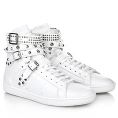 In fashion right now  Saint Laurent Wolly Studded Sneakers in White.  Fashionette.de 3c5fb190c5