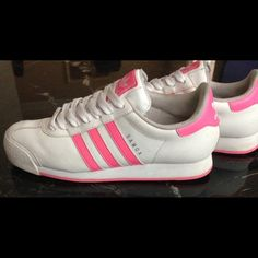 d62c0d5ebd7357 Adidas Pink and white Adidas Samoa women s US size 11 previously worn but  still in good condition and very comfortable.