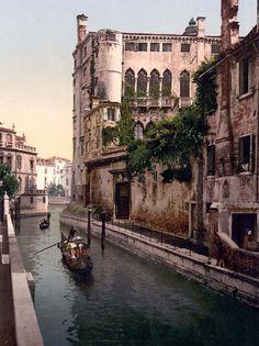 Rio San Trovaso and palace, Venice, Italy