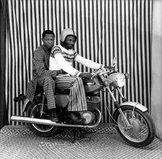 Sur la moto dans mon studio