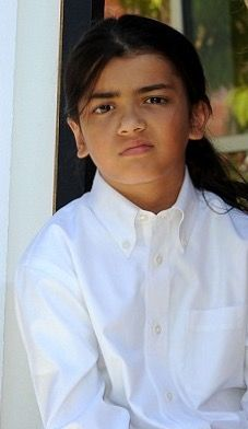 """""""My fathers art and music will always make everyone happy""""- Blanket Jackson (age 10) 2012. """"I love you Daddy."""" https://pt.pinterest.com/carlamartinsmj/"""