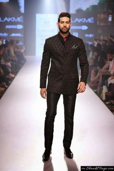 Be A Smart Groom In Bandhgala Black Suit For The Reception