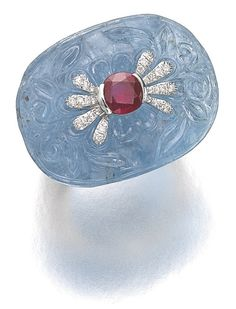 How cool is this aquamarine and diamond ring by Michele della Valle? (Via Sotheby's.)