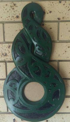 Maori Patterns, Maori People, 21st Birthday, Wood Carving, New Zealand, Masters, Keys, Jade, Diy And Crafts